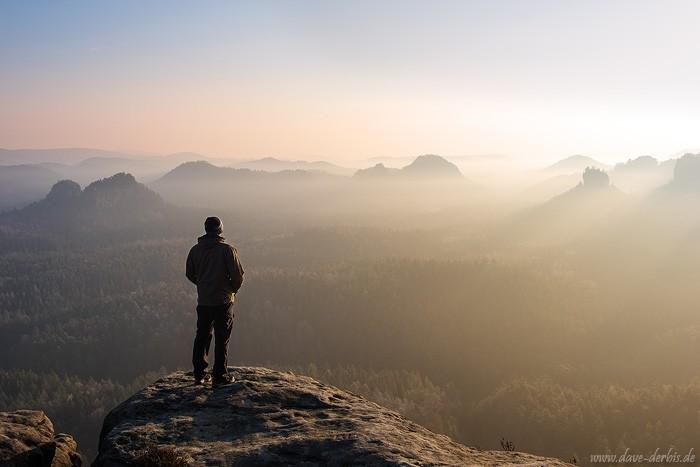 Sächsische Schweiz zum Sonnenaufgang - Berge und Licht