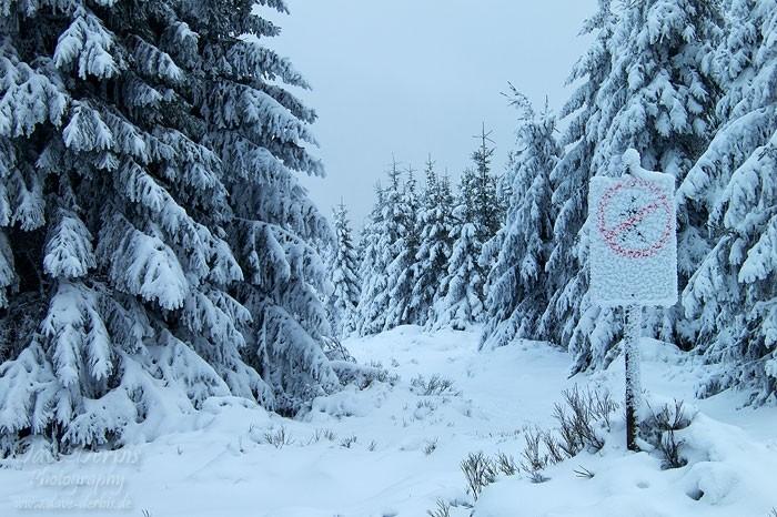 Winterwald Schild, kein Durchgang