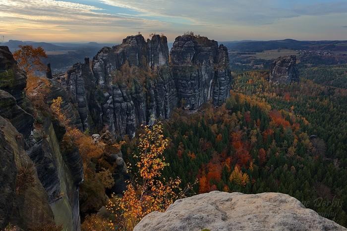 Schrammsteine Wandern - Laubfärbung im Herbst