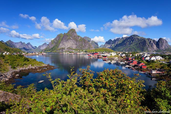 Reine auf den Lofoten in Nord Norwegen