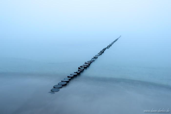 Dicker Nebel kombiniert mit absoluter Windstille an der Ostsee