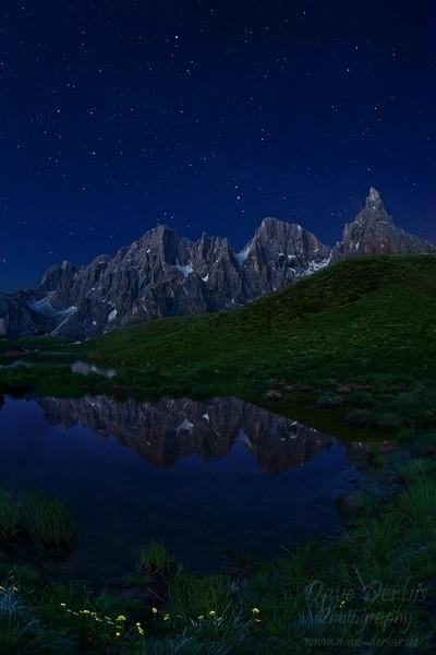 Spiegelung der Berge an der  italienischen Pale di San Martino Gruppe