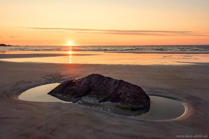 Der Strand Skagsanden zum Sonnenuntergang