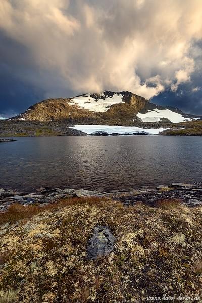 Sturm im Sognefjellet zum Sonnenuntergang