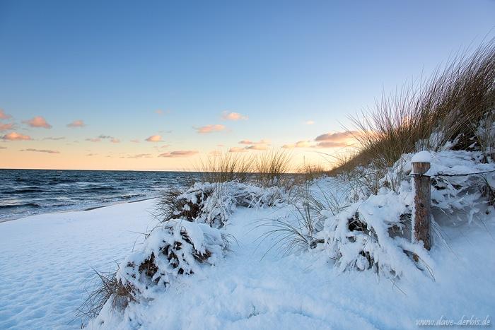 Ostsee und Schnee im Winter